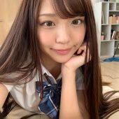 キレ可愛い女の子がチ○ポ大好きで、そのうえ学生服を着てたら天下無敵! ひまり