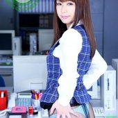 遊んでそうなOLサンの制服姿に萌えながらオフィスでファックしまくりましたぁ~!! 亜希菜
